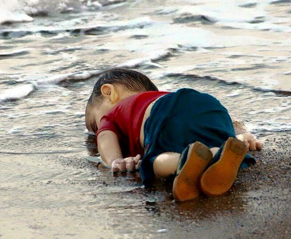 Aylan Kurdi on beach Reuters