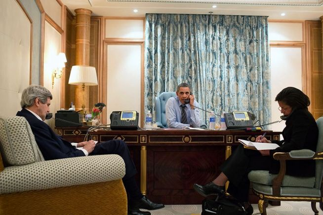 President Obama, Secretary of State Kerry and National Security Advisor Rice on call with President Putin, March 28, 2014