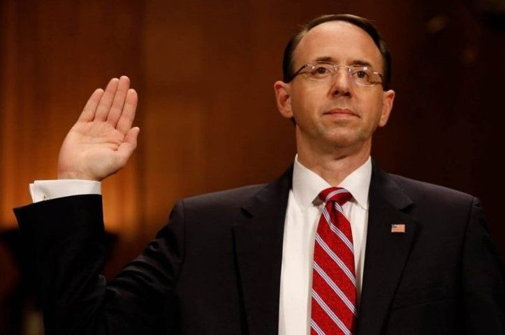 rod rosenstein oath cropped no credit Small