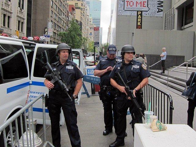 New York City Police with Machine Guns Socorro Photo via Flickr