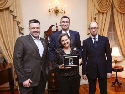 Victoria Nuland, Oleh Tyahnbock, Vitali Klitschko, Arseniy Yatsenyuk (l-r)