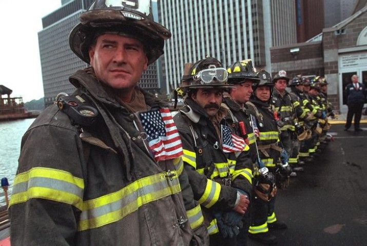 Firefighters await the arrival of President George W. Bush Friday, Sept. 14, 2001, to Port Authority in New York City. Photo: The US National Archives / Flickr
