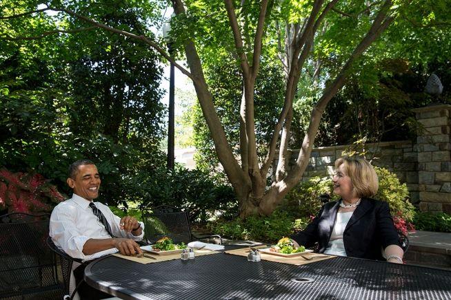 Barack Obama Hillary WH patio 7_29-13.jpg