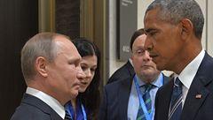 Presidents Vladimir Putin and Barack Obama