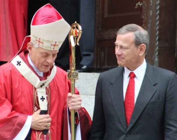 Donald Cardinal Wuerl and U.S. Chief Justice John Roberts Oct. 4, 2015 (JIP photo by Andrew Kreig)