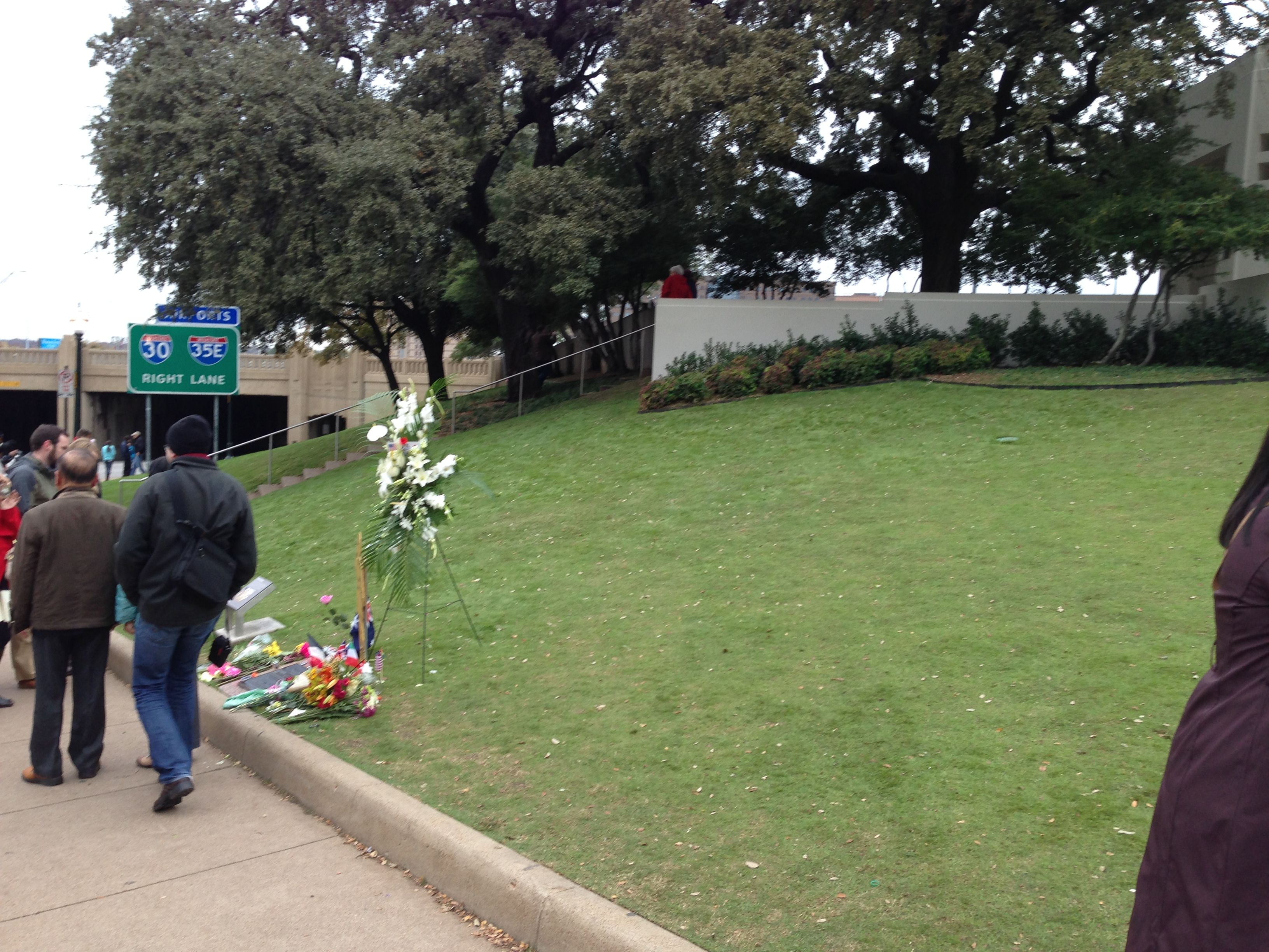 Dealey Plaza Grassy Knoll