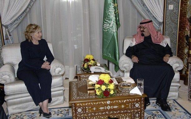Saudi Arabia's King Abdullah meets U.S. Secretary of State Hillary Clinton at the Royal Palace in Riyadh, Feb. 15, 2010. Saudi Press Agency via Reuters