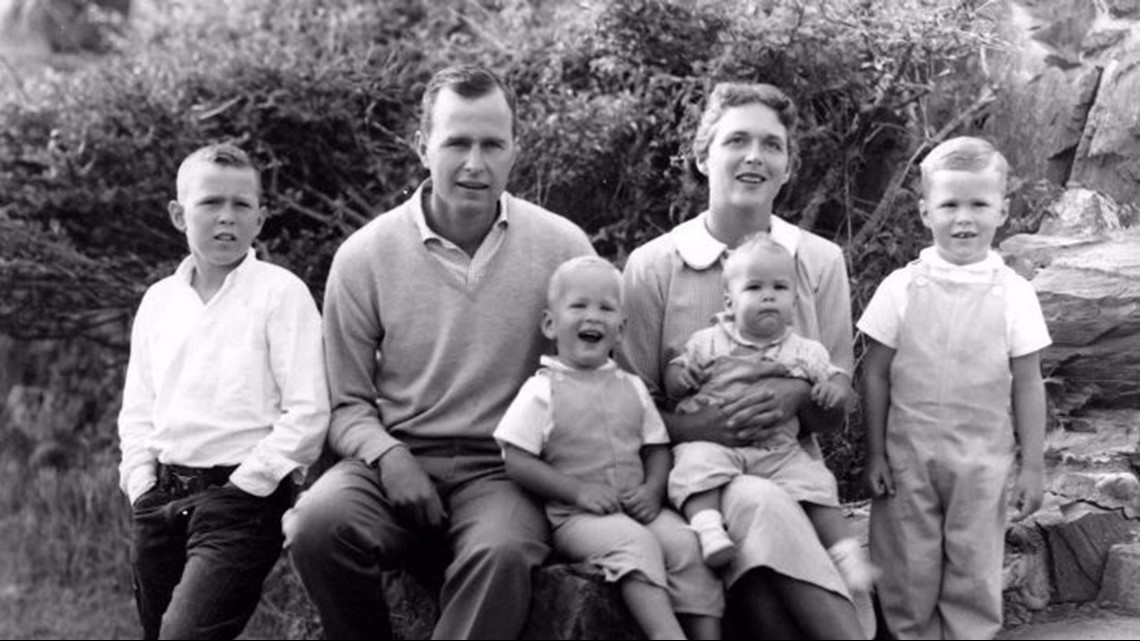 george h w bush with children