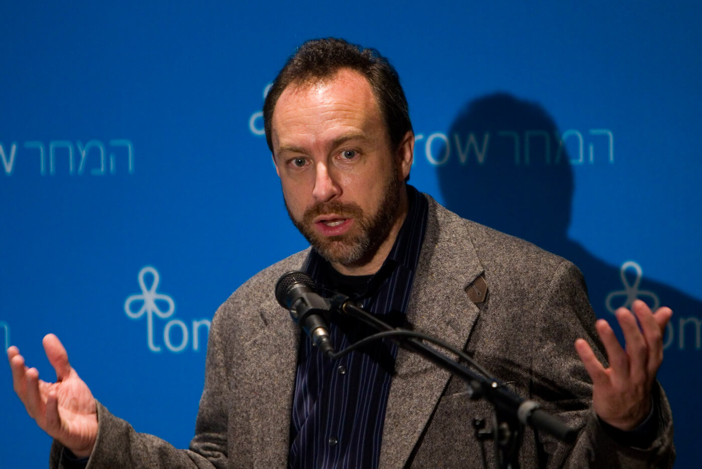 jimmy wales facing tomorrow conference israel 2009 AP photo 09102109924 1