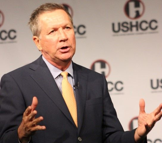 john kasich handsup cropped 10 6 15 IMG 1153 Small