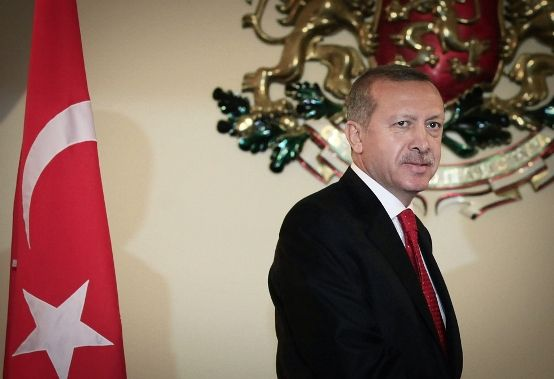 recep erdogan with flag