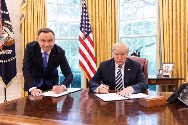 djt andrzei duda sept 18 2018 white house photo Custom