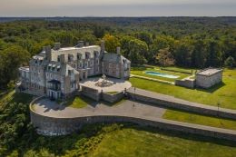 Former President Donald J. Trump's Seven Springs family estate in Westchester County, N.Y., is one focus of an investigation by New York's attorney general (New York Times photo by Tony Cenicola).