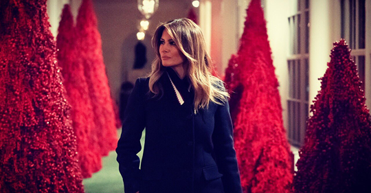 melania red xmas trees