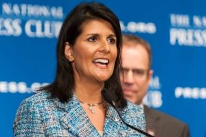 South Carolina Gov. Nikki Haley with National Press Club President John Hughes in 2015 (Noel St. John Photo)