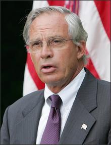 Porter Goss official CIA photo