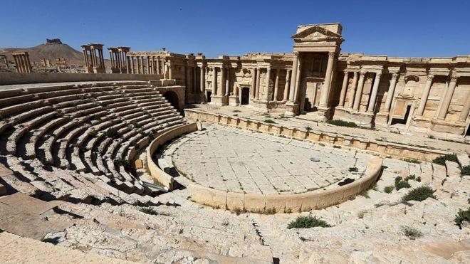 Palmyra Roman Theater March 2016 BBC
